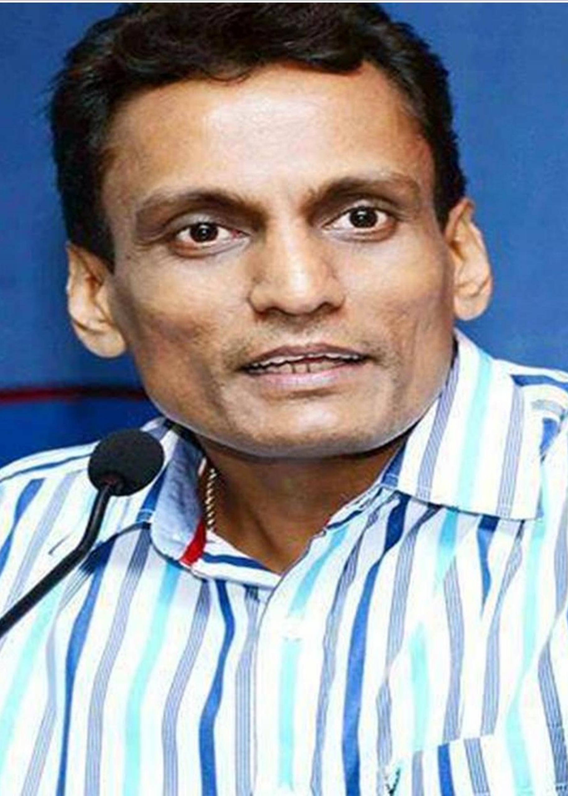 Sanjay-sir-ca-coaching-varanasi